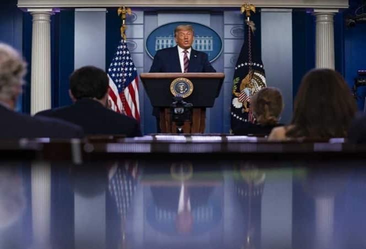 Trump pronostica muchos litigios ante resultado de elecciones