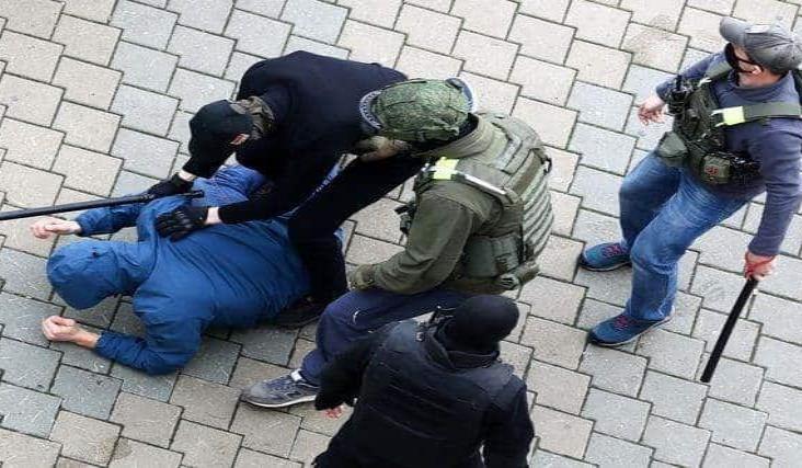 Reportan 500 manifestantes detenidos en Bielorrusa