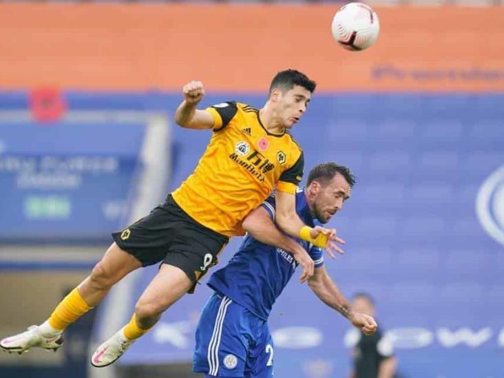 El Wolverhampton de Jiménez cayó ante el Leicester City