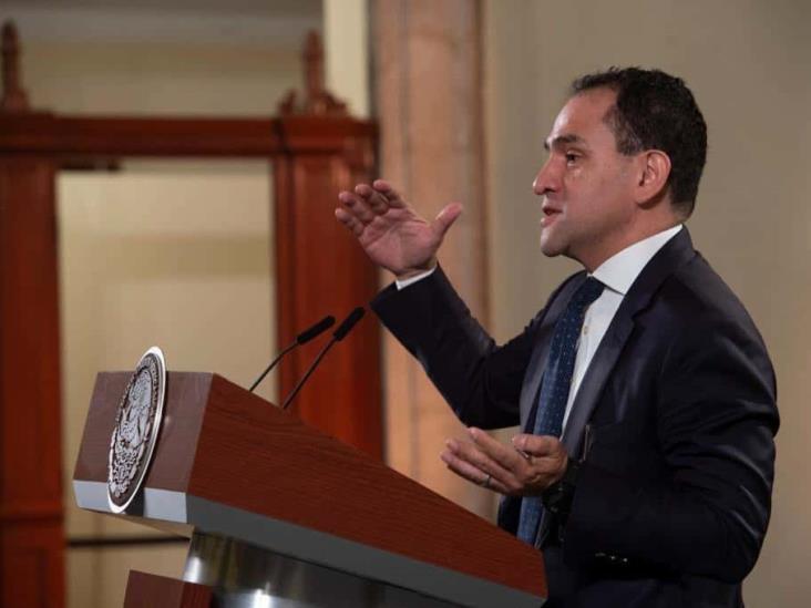 Desmiente Arturo Herrera su salida de la SHCP