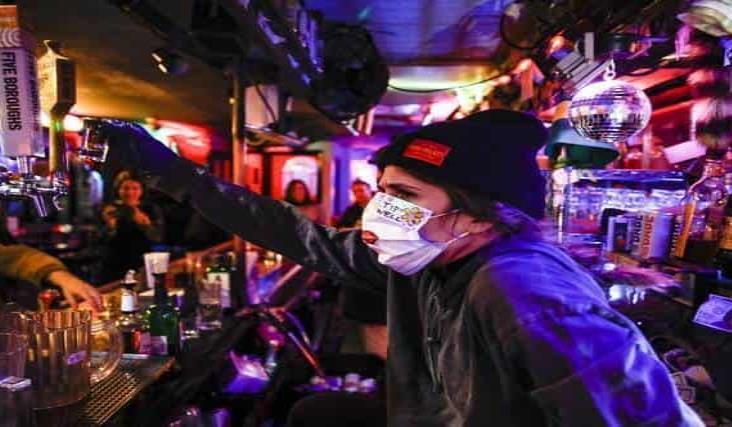 Nuevas restricciones en Nueva York por aumento de contagios