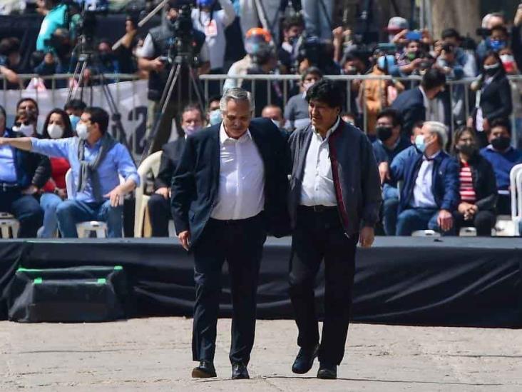 Aíslan a presidente argentino por estar en contacto con funcionario con Covid-19
