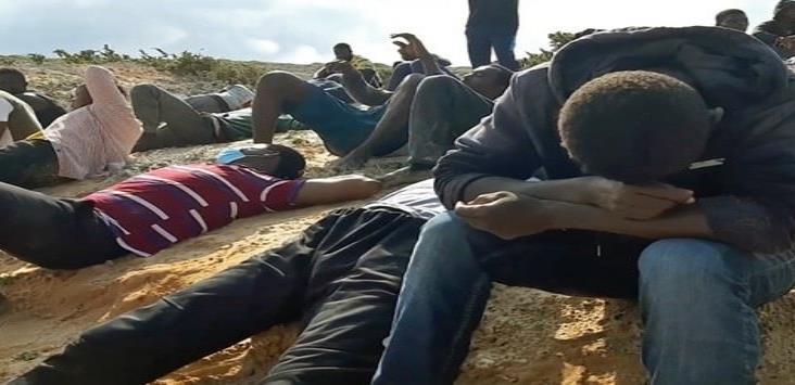 Cien muertos en dos naufragios en un solo día en costas de Libia