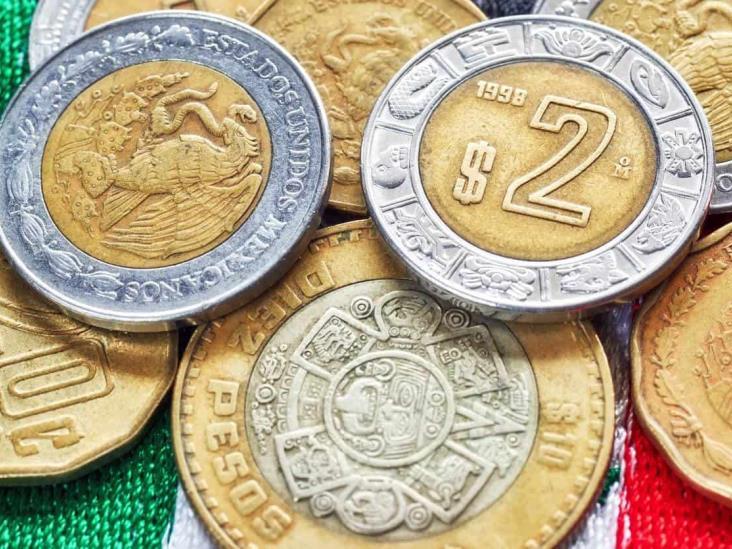 Peso retrocede; prevén semana turbulenta para la moneda