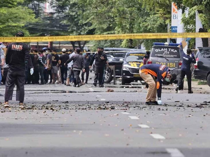 Atentado suicida en templo católico de Indonesia; 20 heridos