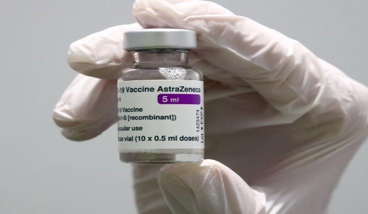 UE inicia acción legal contra AstraZeneca por no cumplir con entregas