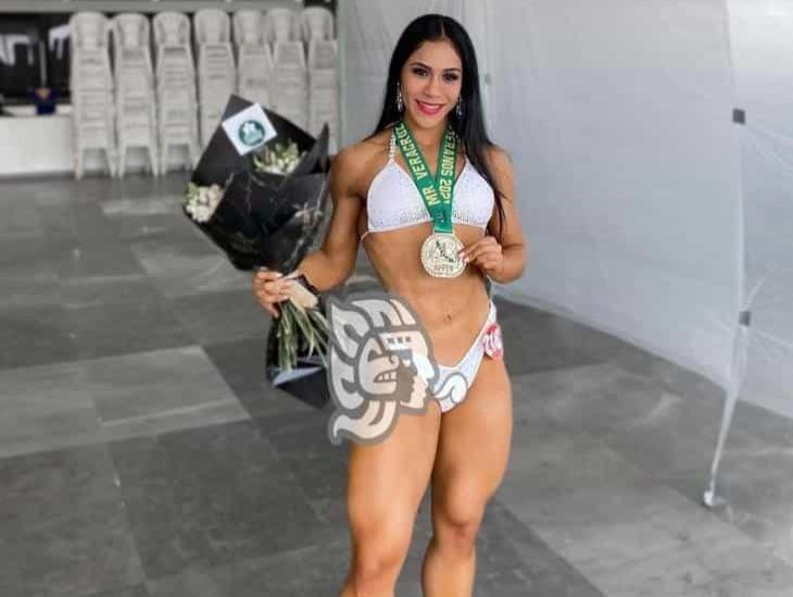 Veracruzana gana campeonato de Fisicoculturismo