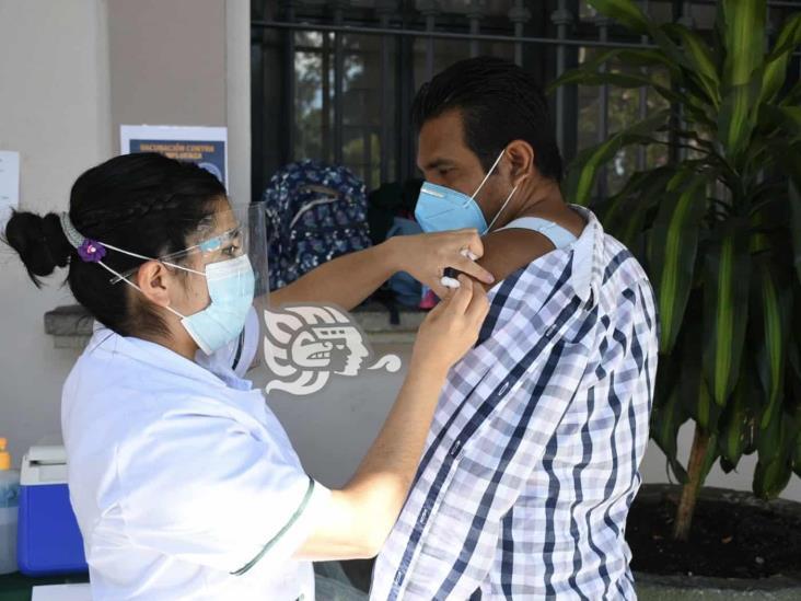 En planeación, vacunación para personas de 50 a 59 años: CGJ