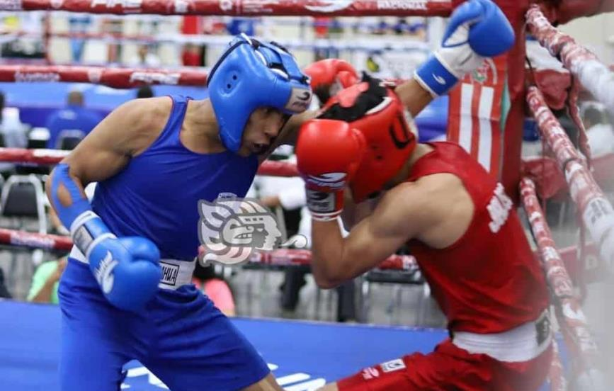 Boxeadores sureños a relámpago en Puebla