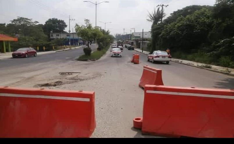 Constructora deja avenida de Las Choapas a medias